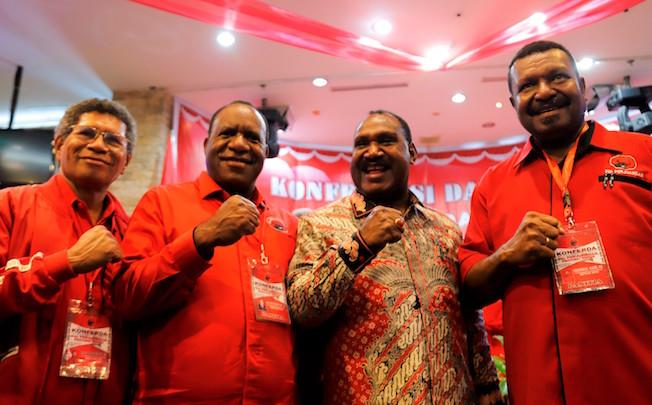 Image result for DPD PDI Perjuangan Provinsi Papua Jhon Wempi Wetipo